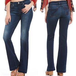 7FAM Dojo Wide Leg Flare Jeans Blue Thread Size 31